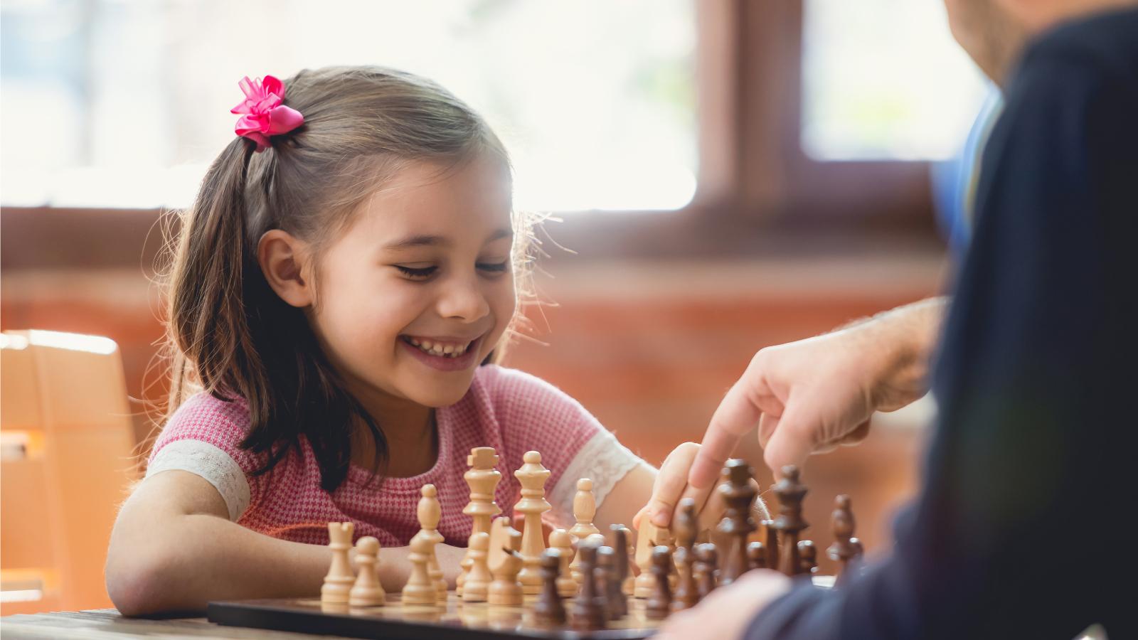 Положительные эмоции от игры и победы —важная составляющая как в обучении, так и при разработке фирменного стиля.