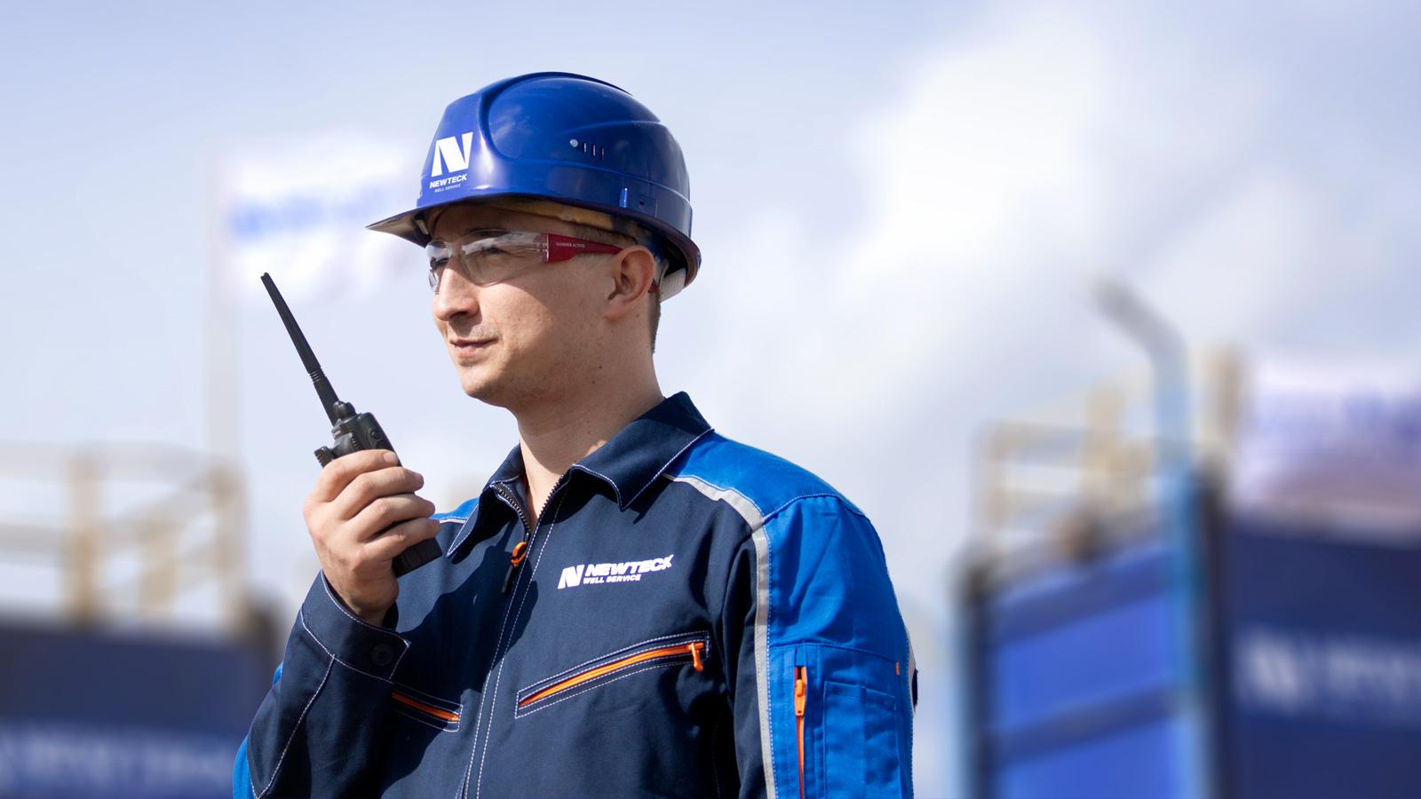 Комплексный рестайлинг фирменного стиля бренда NEWTECK Well Service помог сформировать актуальный и эффективный образа современной технологичной компании, обслуживающей газовые и нефтяные скважины.
